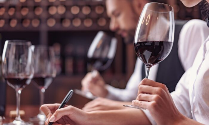 Wine writers have the job of describing wines in words. How accurate are such descriptions? Not very. (LightField Studios/shutterstock)