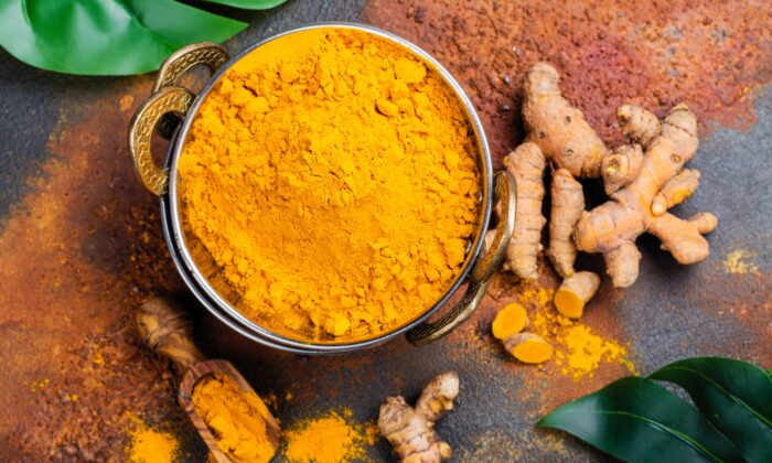 With modern life being full of pollution and ultra-processed foods, our livers could use a little gentle nutritional support. (Ekaterina Markelova/Shutterstock)