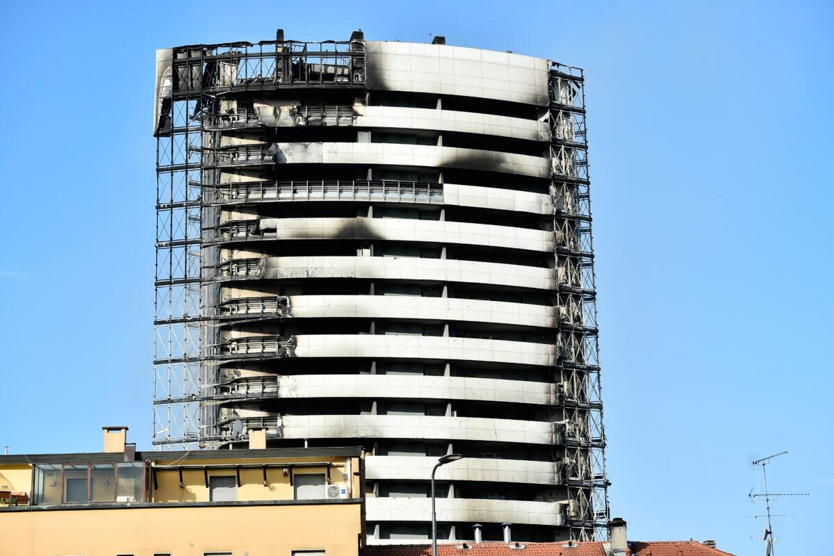 Fire rages through Milan residential tower block