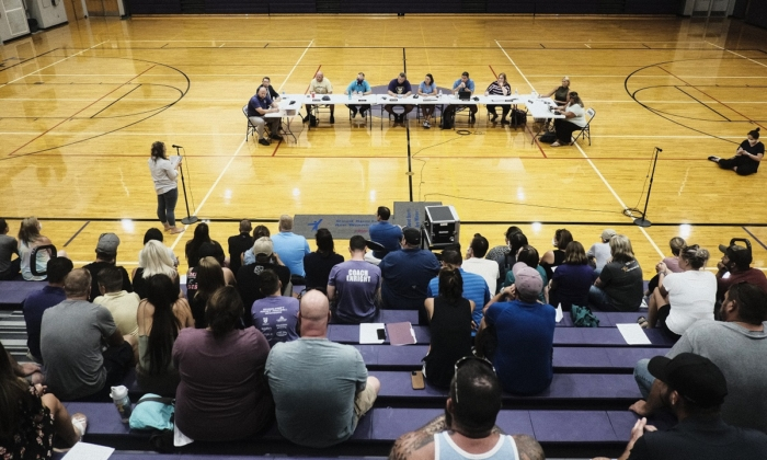 A Board of Education Meeting in Kalamazoo County Schools at the Schoolcraft High School Gymnasium in Schoolcraft, Mich., on Aug. 23, 2021. (Matthew Hatcher/Getty Images)