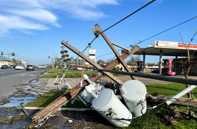 Power lines are down along Main Street after Hurricane Ida swept through, in LaPlace, La., on Aug. 31, 2021. (Charlotte Cuthbertson/The Epoch Times)