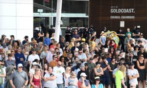 Silent Protests Across Australia Against COVID-19 Lockdowns, Several Arrested