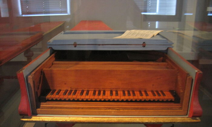 1726 piano by Bartolomeo Cristofori,in the Musical Instrument Museum in Leipzig, Germany.(Opus33/ CC BY-SA-4.0)