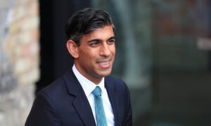 UK Finance Chief Rules out More COVID-19 Lockdowns