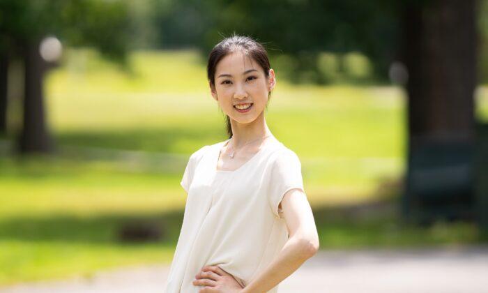 Dancer Angela Lin. (Larry Dai)