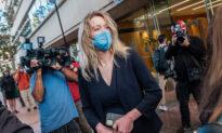 Federal Judge Dismisses Jurors Who Haven't Gotten COVID-19 Vaccines