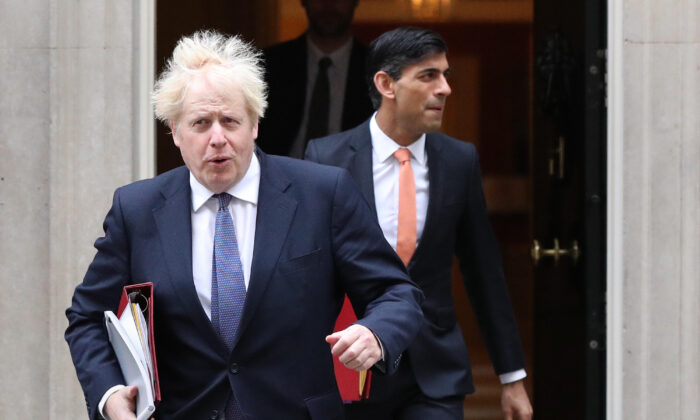 Prime Minister Boris Johnson and Chancellor of the Exchequer Rishi Sunak in London on Oct. 13, 2020. (Jonathan Brady/PA)