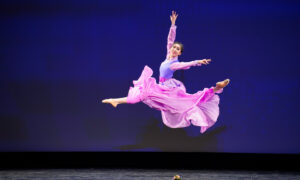 New Generation of Dancers Recover Chinese Culture