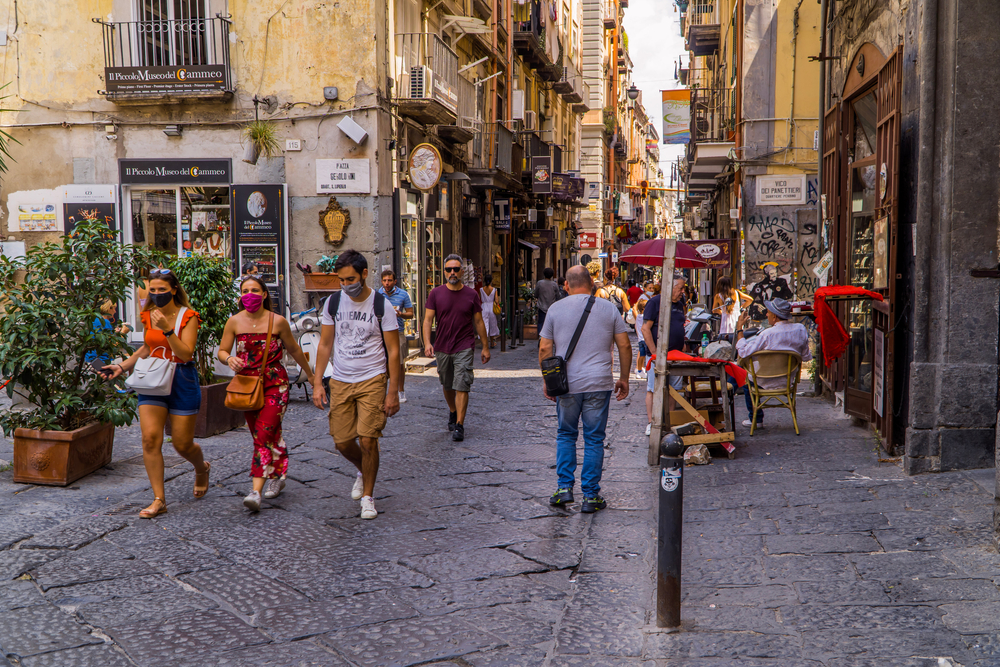Naples,,Italy,-,August,6,,2020,-,Restaurants,With,Terraces
