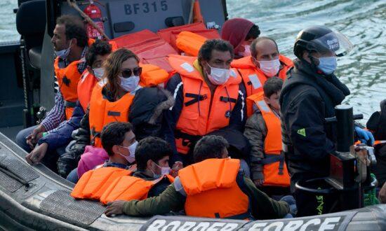 Channel Crossings Surge as Smugglers Take Advantage of UK Heatwave