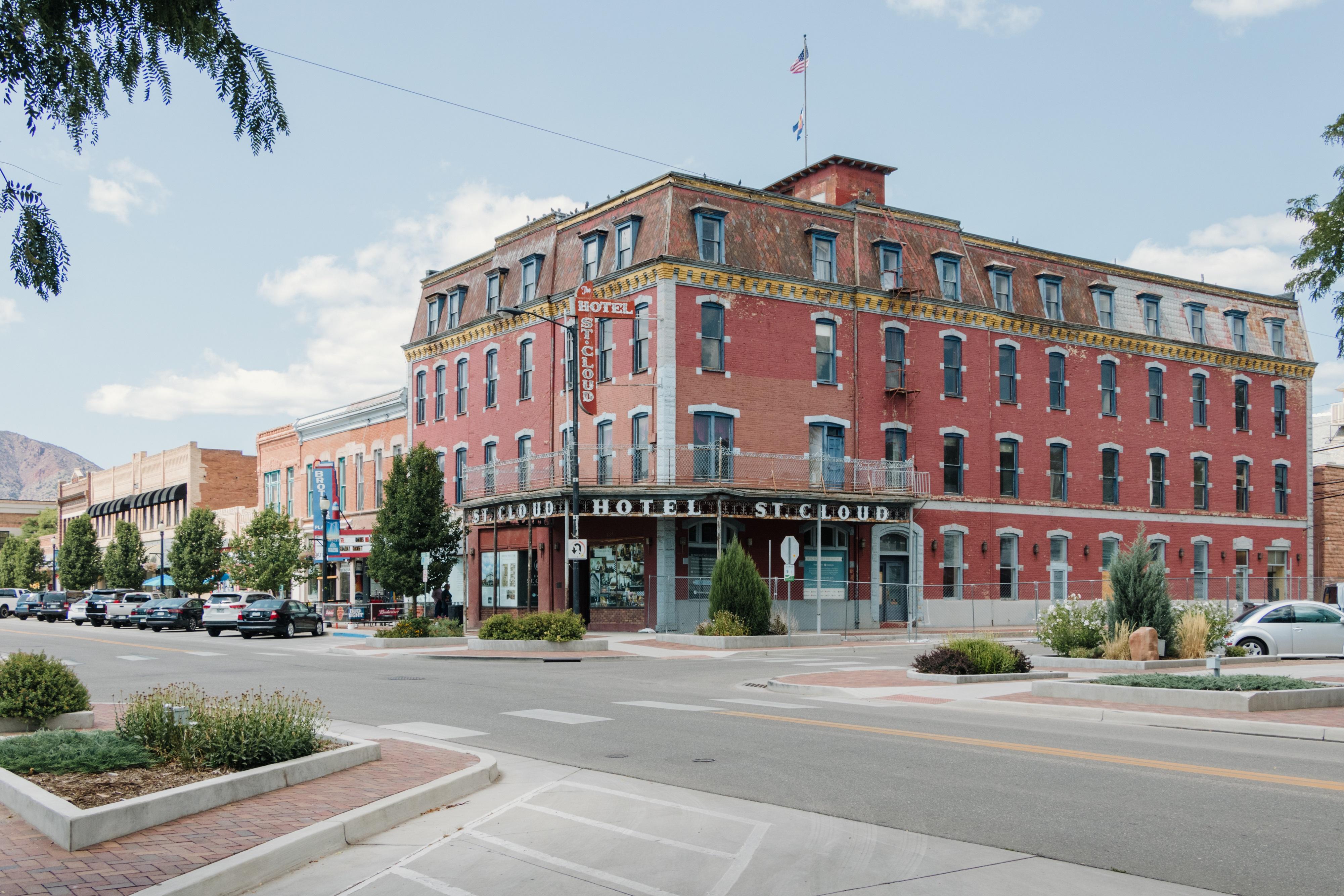 Downtown Cañon City's Hotel St. Cloud