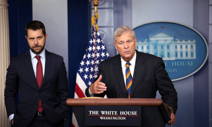 Agriculture Secretary Tom Vilsack, joined by Director of the National Economic Council Brian Deese, speaks on rising food prices at a press briefing at the White House in Washington, D.C., on Sept. 8, 2021. (Kevin Dietsch/Getty Images)