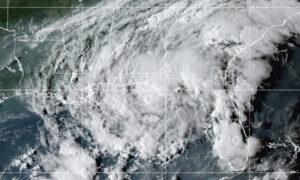 Tropical Storm Mindy Makes Landfall on Florida Panhandle