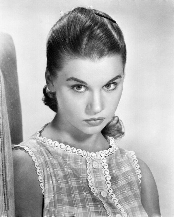 Betty_Lou_Keim_(1956_still)
