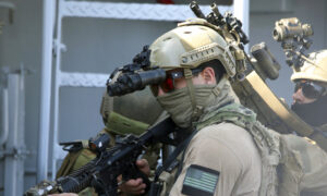 US Navy SEALs, Cyprus Special Forces Hold Anti-Terror Drill