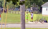 2 Indiana Boys on Bikes See Military Funeral and Stop to Pay Respects as Taps Plays