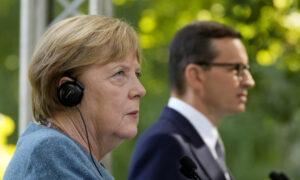 Merkel Calls Migrant Push at EU's Border 'Unacceptable'