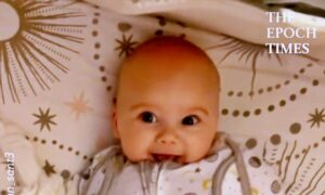 Baby Girl Greets Her Dad With the Cutest Smile Every Morning
