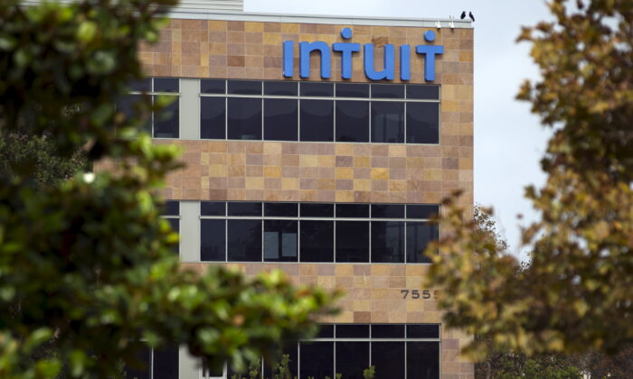 An Intuit office is shown in San Diego, Calif., on Aug. 21, 2015. (Mike Blake/Reuters)