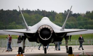 Lockheed Trims F-35 Delivery Forecast for 2022