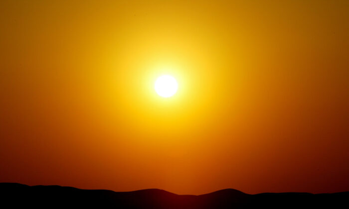 The world's biggest battery overheats as scorching heatwaves sweep California.