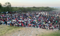 FAA Imposes No-fly Zone Zone for Unmanned Aircraft Systems Flying Over Texas Bridge Packed With Over 10,000 Migrants