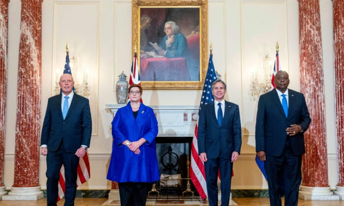 (L-R) Australian Defence Minister Peter Dutton, Australian Foreign Minister Marise Payne, U.S. Secretary of State Antony Blinken, and U.S. Secretary of Defence Lloyd Austin pose for a group photograph at the State Department in Washington on Sept. 16, 2021. (Andrew Harnik/POOL/AFP via Getty Images)