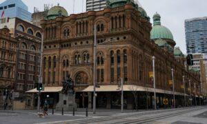 Australian Employment Slides in August as Lockdowns Slash Workers' Hours
