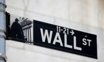 US Charges Ex-Wall Street Quantitative Analyst With Insider Trading