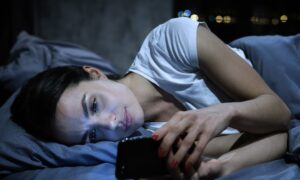 Making 'No-Mobile Phobia' a Disease Is Problematic