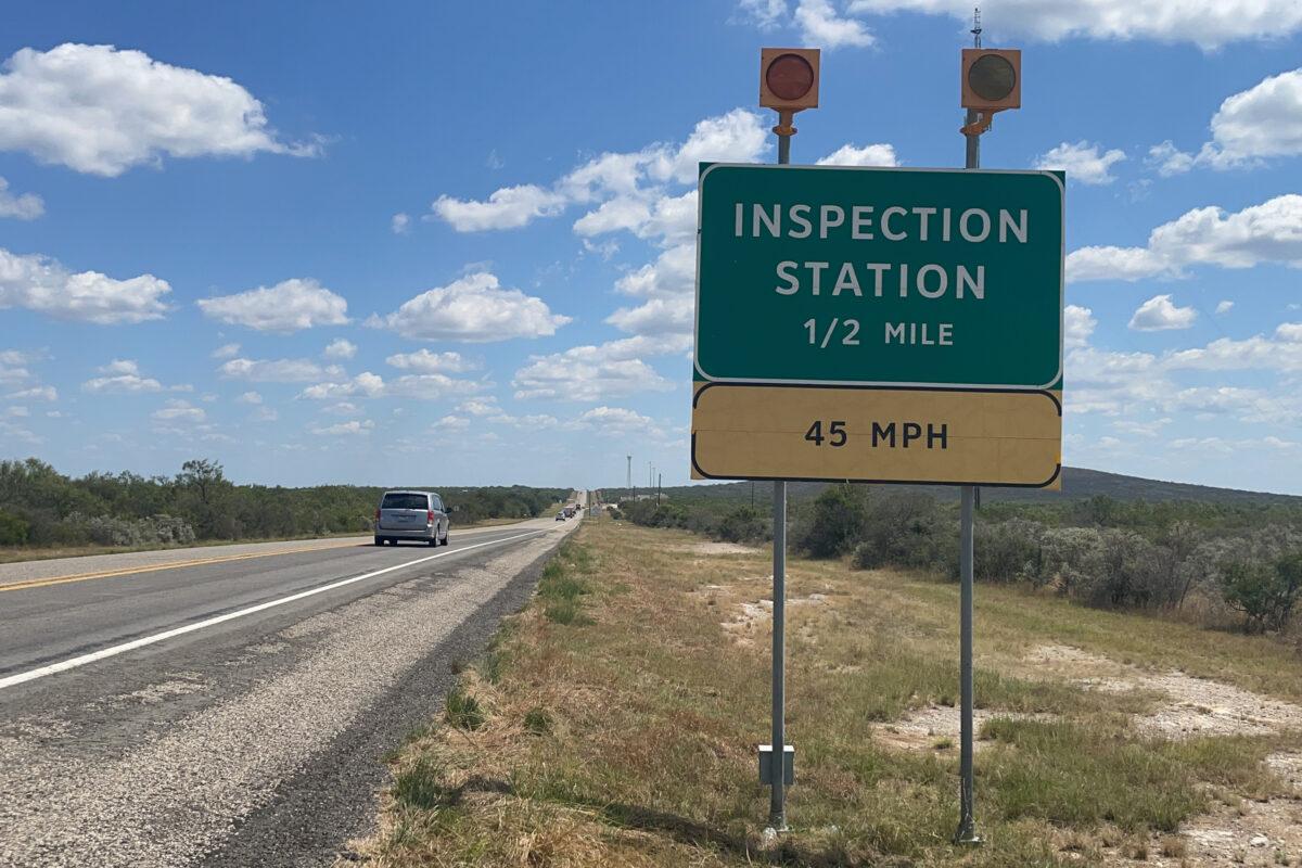 Border Patrol Checkpoints Close, Agents Sent to Del Rio Bridge