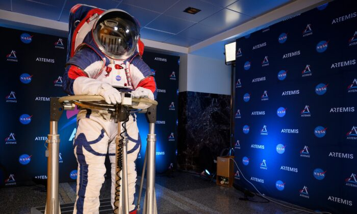 A space suit is seen during a press conference displaying the next generation of space suits as parts of the Artemis program in Washington, on Oct. 15, 2019. (Andrew Caballero-Reynolds/AFP via Getty Images)