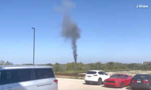 Military Aircraft Crashes Into Houses in Lake Worth, Texas: Officials