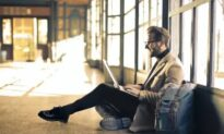 Best Types of Apps for Business Travelers