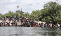 Over 2 Dozen GOP Governors Call on Biden to Meet and Solve US Southern Border Crisis