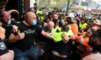 Protest Erupt In Australia Again as Construction Workers Call Union to 'Stand Down' over Vaccine Mandate