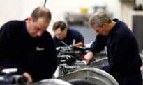 UK Factories Struggle to Meet Demand Amid Supply Chain Crisis: Survey