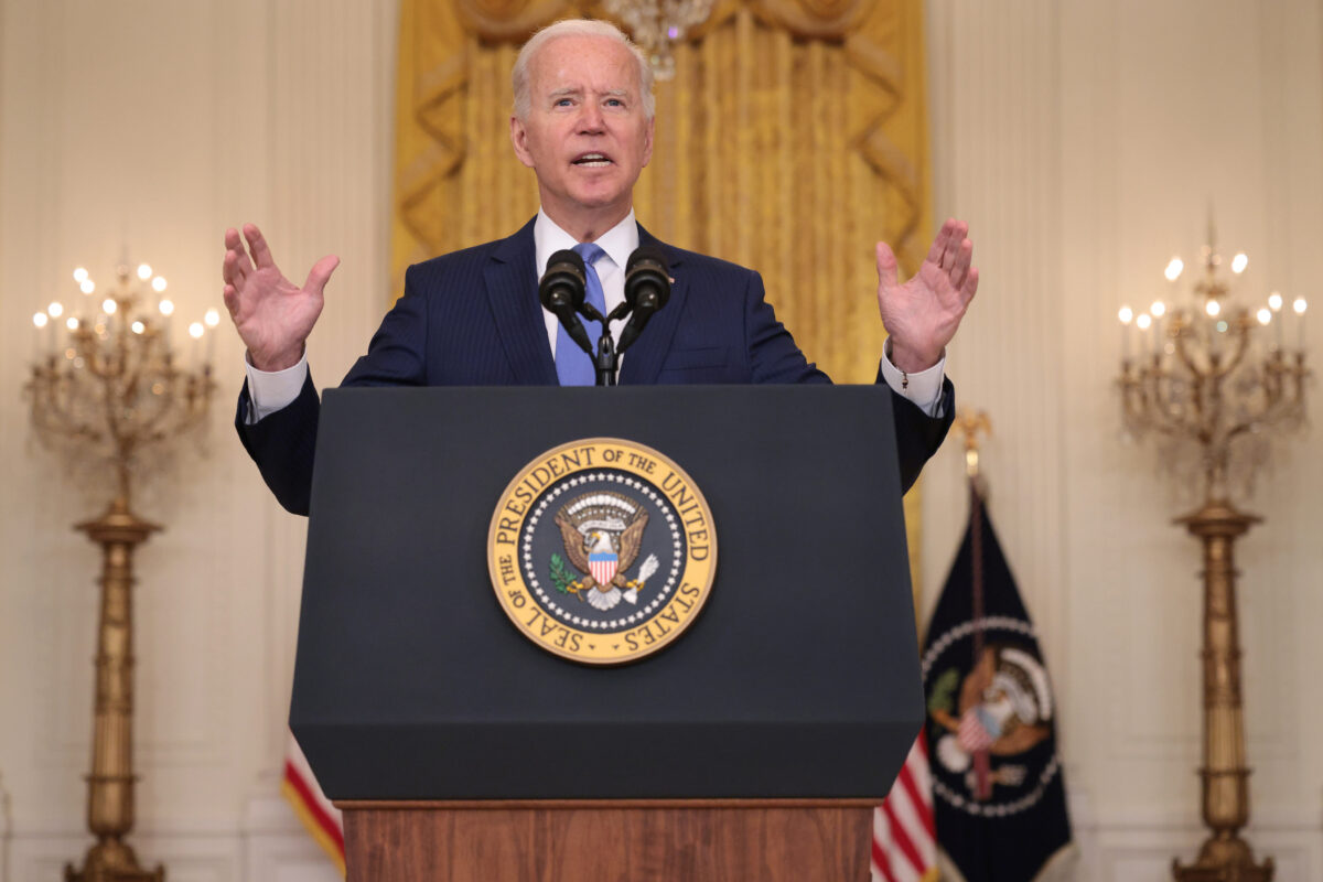 Banks Oppose Biden's New Proposal on IRS Reporting