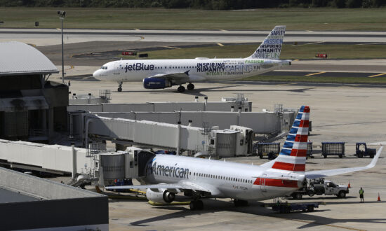 Justice Department Sues to Block JetBlue, American Airlines Alliance