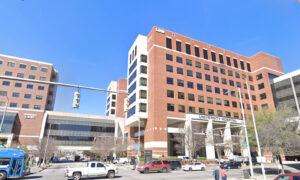 Alabama Health Care Group Halts COVID-19 Vaccine Mandate on Staff