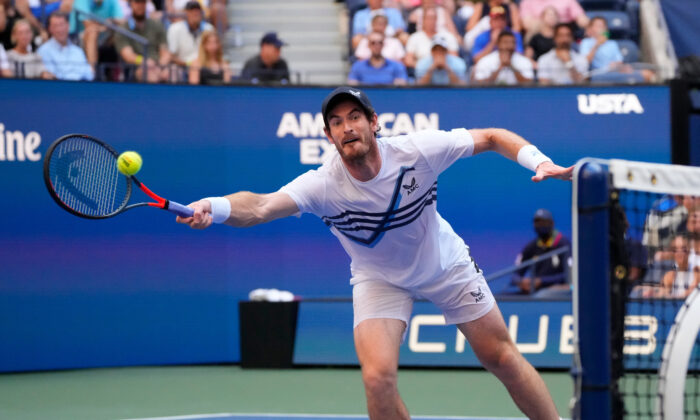 Andy Murray of Great Britain hits to Stefanos Tsitsipas of Greece (not pictured) on day one of the 2021 U.S. Open tennis tournament at USTA Billie King National Tennis Center, Flushing, N.Y., on Aug. 30, 2021. (Robert Deutsch-USA TODAY Sports via Reuters)