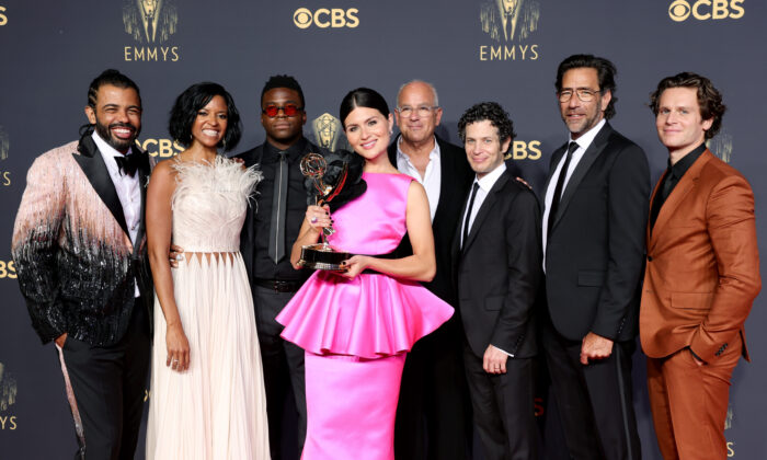 (L-R) Daveed Diggs, Renée Elise Goldsberry, Okieriete Onaodowan, Phillipa Soo, Jon Kamen, Thomas Kail, Dave Sirulnick, and Jonathan Groff, winners of the Outstanding Variety Special (Pre-Recorded) award for 'Hamilton,' pose in the press room during the 73rd Primetime Emmy Awards at L.A. LIVE in Los Angeles, Calif., on Sept. 19, 2021. (Rich Fury/Getty Images)