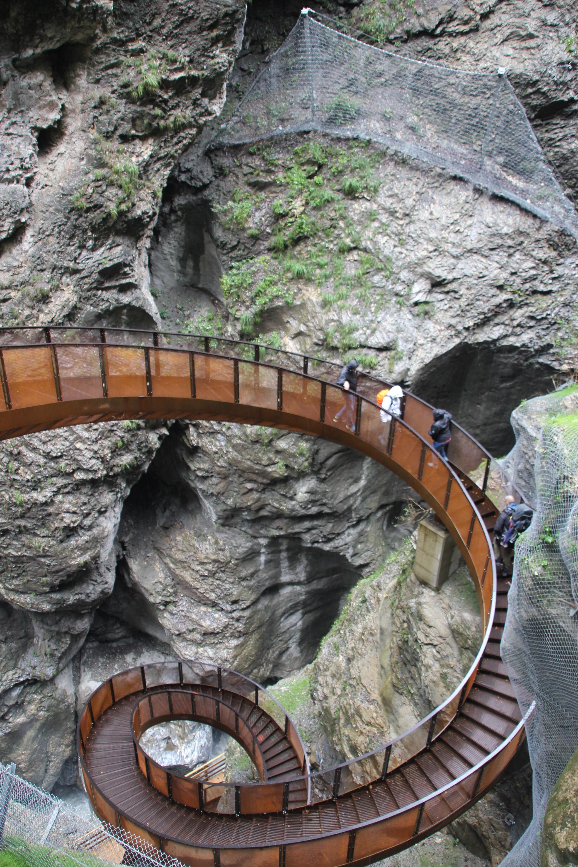 helix leading to the Liechtensteinklamm copyright Wibke Carter