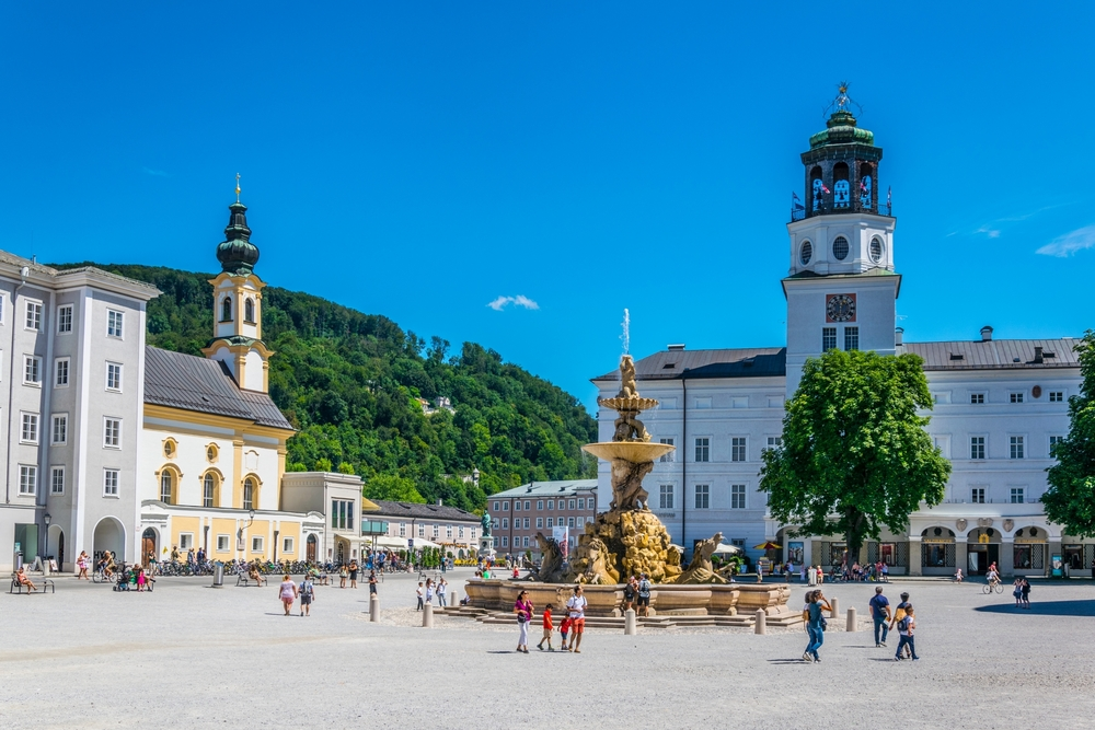 Beautiful,View,Of,Residenzplatz,And,Residenzbrunnen,Fountain,In,The,Historical