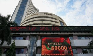 India's BSE Sensex Crosses 60,000 Mark With Tech Stocks in Lead