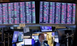 Surging Oil Prices Lift Material, Energy Stocks on Wall Street