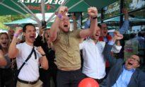 German Social Democrats Beat Conservatives in Vote to Decide Merkel Successor: Projected Results