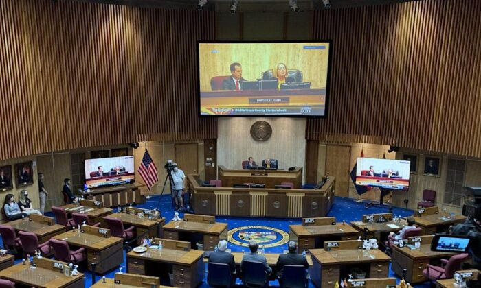 The Arizona state Senate discusses the Maricopa County audit results during a hearing in Phoenix, on Sept. 24, 2021. (Allan Stein/Epoch Times)