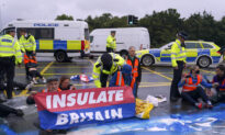 Climate Activists Blocks Motorway to Heathrow Airport Despite Government Injunctions