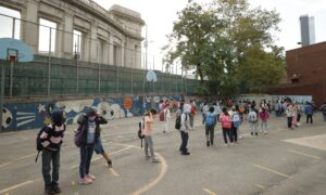 Parents, Lawmakers Sue Over New York's School Mask Mandate